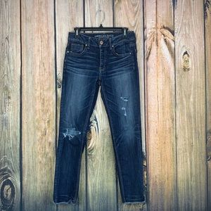American Eagle Super Stretch tomgirl jeans size 0